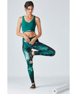 Fabletics Petra Womens Nocturnal/Floral Print One  Fits Most