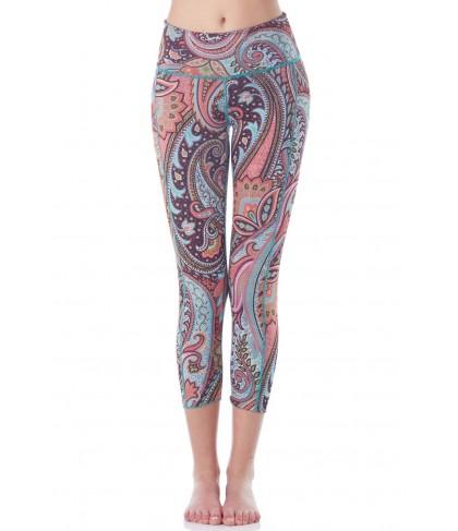 Hottie Yoga Wear Reversible Paisley Fantasy Quench Capri